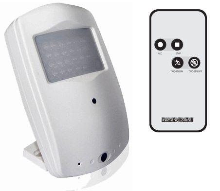 Skrytá HD kamera v čidle s detekcí pohybu a 720p DVR nahráváním, záznamem na SD kartu pohybové PIR čidlo s kamerou set SmartCam HR6100